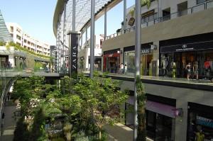 POLYGONE-beziers-centre-commercial-socri-reim-01